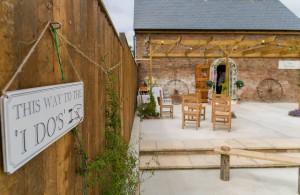 Longthorns – A Dorset Farm Wedding Venue